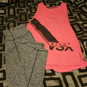 VSX workout top and knockout capri, xs
